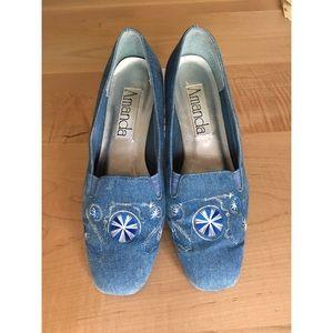 Vintage Amanda Embroidered Flats